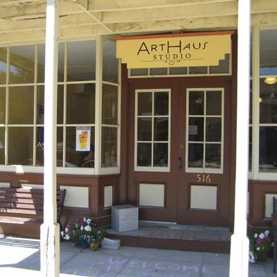 ArtHaus Studio, exterior