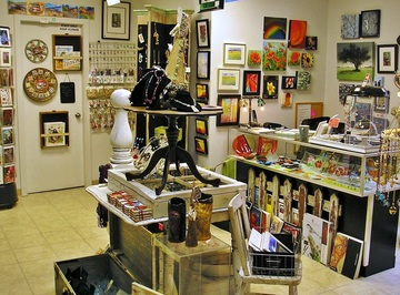 Art Shop pop up holiday art shop | arthaus, decorah's home for the visual and